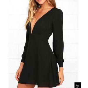 Lulus Deep V Long Sleeve Mini Dress S